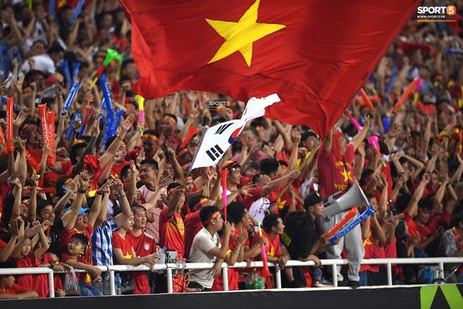 Mới đón chức vô địch AFF Cup chưa lâu, SVĐ Mỹ Đình đã giảm nhiệt ngày trở lại - ảnh 7