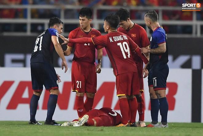 ĐT Việt Nam - Chuyên gia kiềm tỏa những đối thủ ưa dùng sức - ảnh 1