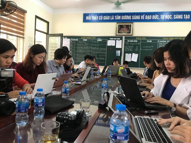 Vụ tát học sinh 50 cái: Họp báo từ trường Tiểu học Quang Trung Đống Đa - Ảnh 2.