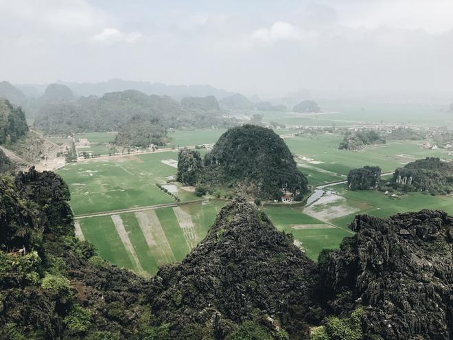 Tọa độ check-in hot nhất ở Ninh Bình: Hùng vĩ và ảo diệu không thua gì cảnh phim cổ trang - ảnh 1