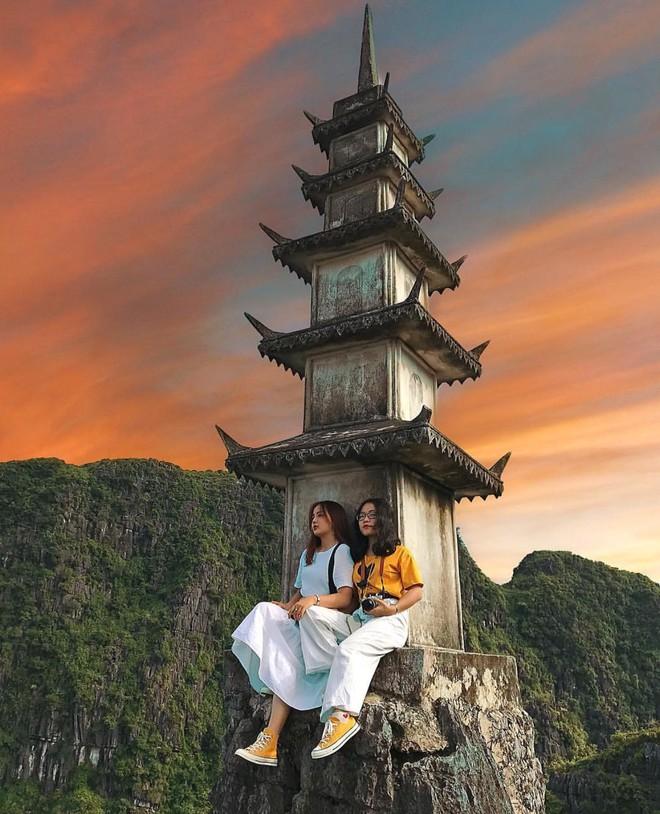 Tọa độ check-in hot nhất ở Ninh Bình: Hùng vĩ và ảo diệu không thua gì cảnh phim cổ trang - ảnh 11