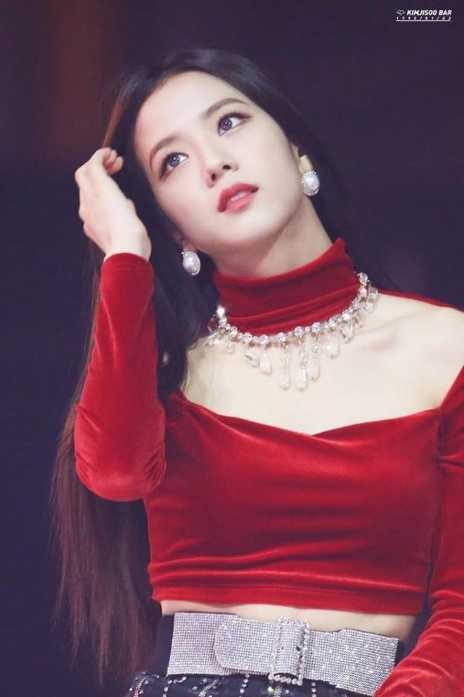 Cô gái nào cũng ước được như Jisoo (Black Pink): vẫn xinh dù hay dùng mỹ phẩm bình dân, có món còn chưa đến 100 ngàn đồng - ảnh 4