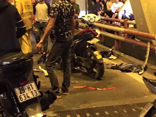 Ẩu đả, tai nạn giao thông liên tiếp trong đêm đi bão mừng chiến thắng của đội tuyển Việt Nam: Vui thôi đừng vui quá! - ảnh 4