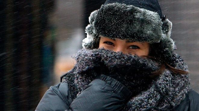 Trời Hà Nội đang rất lạnh rồi, cần tuyệt đối tránh làm 5 điều này để bảo vệ sức khỏe tốt hơn - ảnh 2