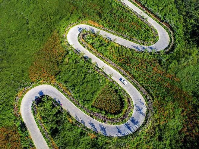 Con đường quặn thắt ruột gan ở Trung Quốc, đi có 6 cây số bẻ cua hết 68 lần - ảnh 5