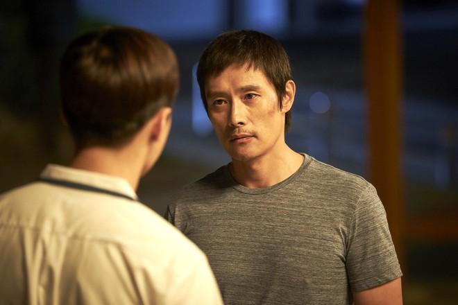 Điều đặc biệt đằng sau bức ảnh ba mẹ con trong phim Hàn xúc động nhất đầu 2018 - ảnh 5
