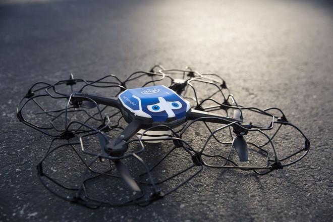 Hơn 1200 chiếc drone gắn đèn LED được dùng để biểu diễn ở Olympic Mùa đông, lập luôn kỷ lục Guinness - Ảnh 2.