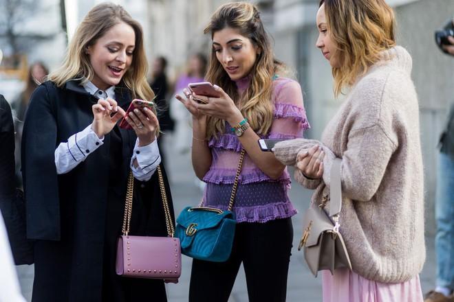 Người trẻ ngày càng chán Facebook vì một lý do khó đỡ, rủ nhau sang dùng một MXH khác - Ảnh 1.