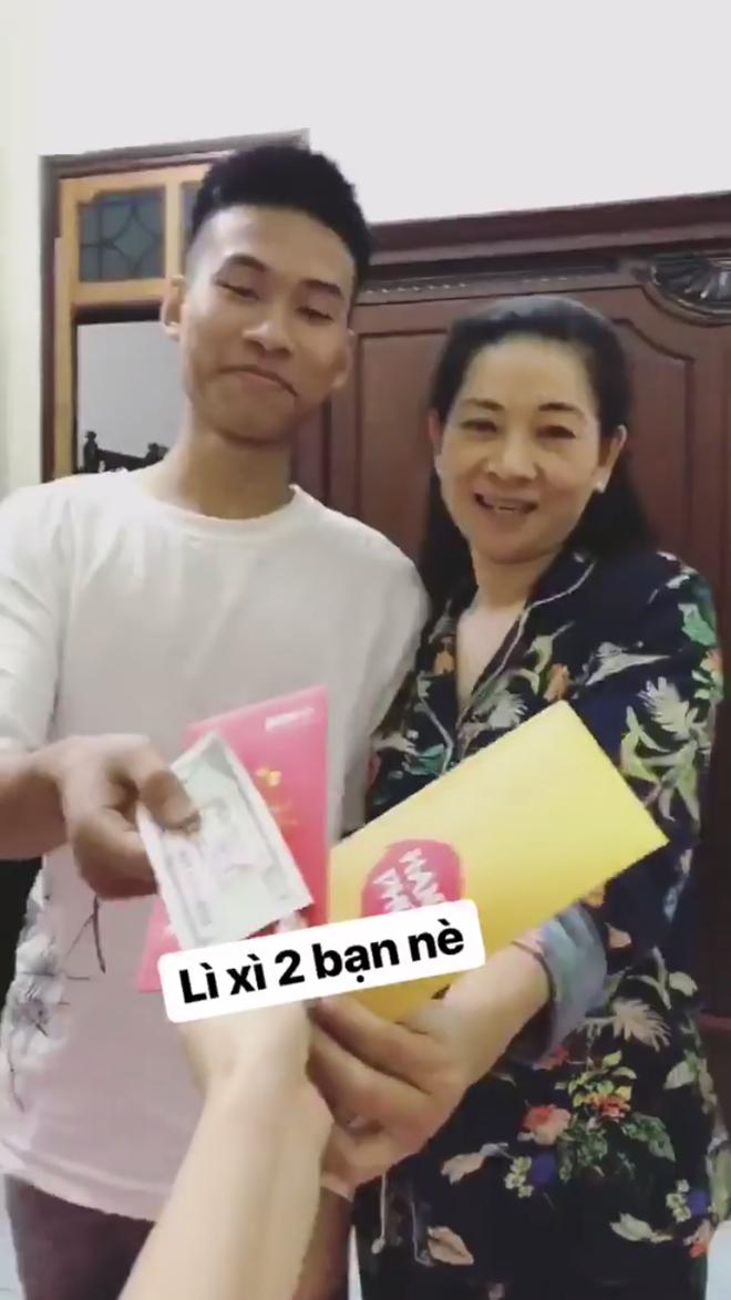 Hotboy, hotgirl Việt háo hức chia sẻ những khoảnh khắc đầu tiên của năm 2018 - ảnh 13