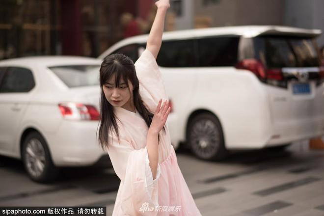 Chiêm ngưỡng nhan sắc dàn nam thanh nữ tú trong kì tuyển sinh của lò đào tạo diễn viên hàng đầu Trung Quốc - Ảnh 12.