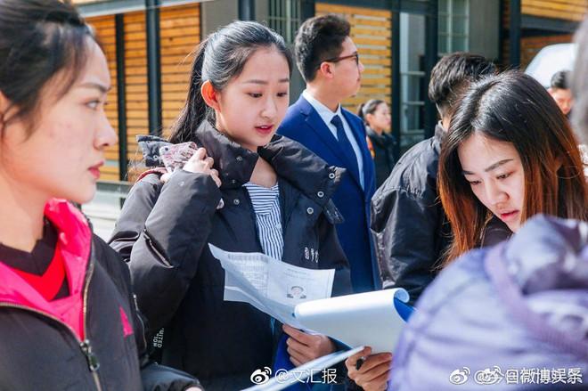 Chiêm ngưỡng nhan sắc dàn nam thanh nữ tú trong kì tuyển sinh của lò đào tạo diễn viên hàng đầu Trung Quốc - Ảnh 2.