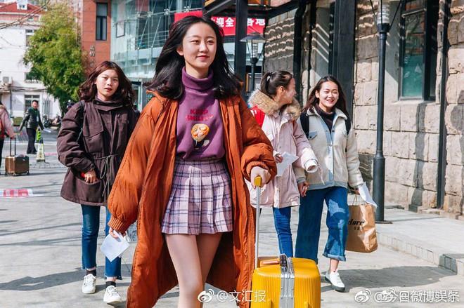 Chiêm ngưỡng nhan sắc dàn nam thanh nữ tú trong kì tuyển sinh của lò đào tạo diễn viên hàng đầu Trung Quốc - Ảnh 7.
