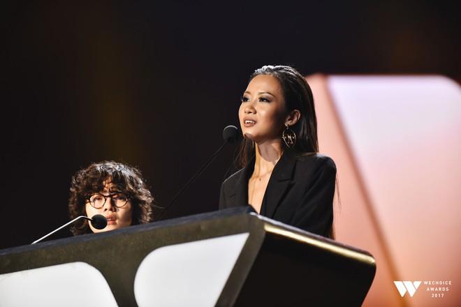 Khoảnh khắc WeChoice Awards: Đẹp nhất là khi Sơn Tùng, bé Bôm và các nghệ sĩ Việt cùng chậm lại trong dòng cảm xúc vỡ òa - ảnh 26