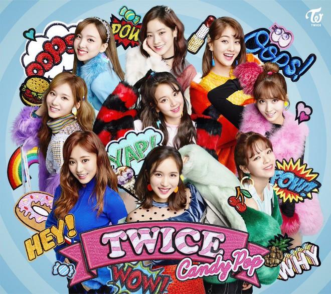 Liên tiếp lập kỉ lục, TWICE đang là girlgroup Kpop bất khả chiến bại tại Nhật - Ảnh 1.