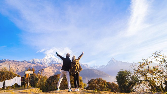 Bộ ảnh cưới không bình thường chút nào ở Nepal của cựu CEO Uber Việt Nam - ảnh 14