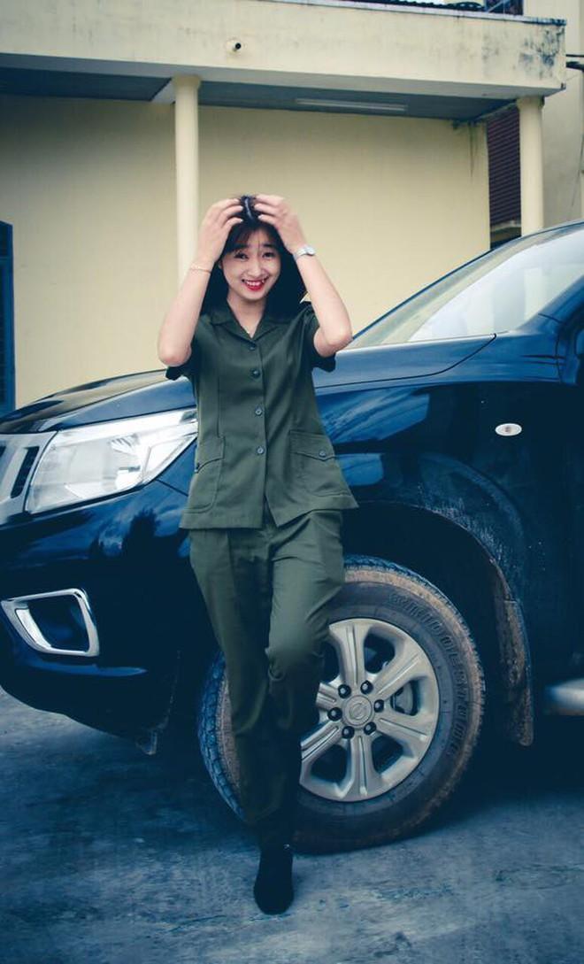 Nữ công an viên Đà Nẵng bất ngờ nổi tiếng vì xinh như hot girl - ảnh 3