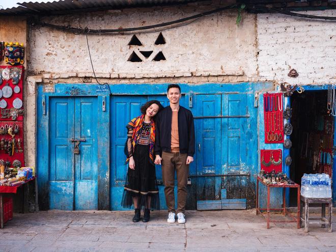 Bộ ảnh cưới không bình thường chút nào ở Nepal của cựu CEO Uber Việt Nam - ảnh 3
