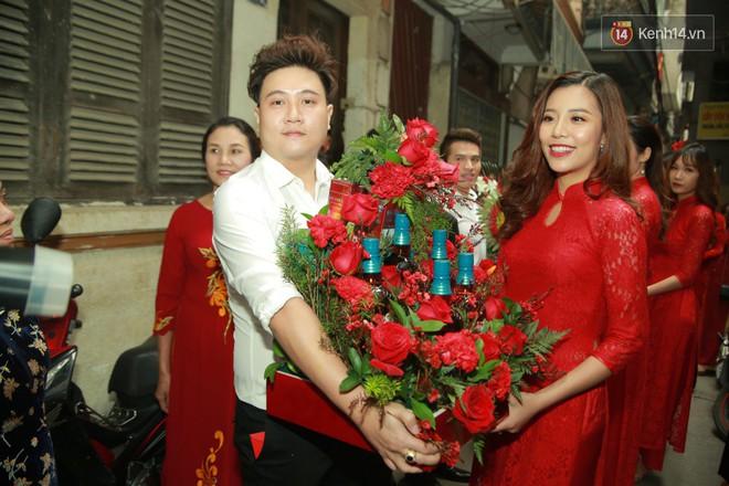 Điểm danh dàn trai Vbiz chưa vợ siêu hot trong đội bê tráp ăn hỏi của Khắc Việt - Ảnh 10.