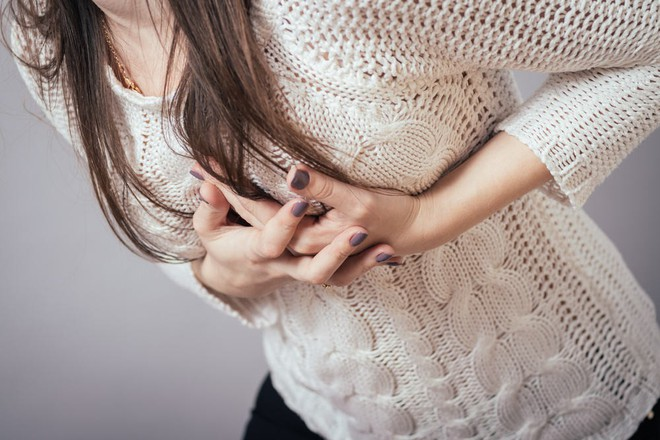 Thức đêm thường xuyên, hội con gái có nguy cơ phải đối mặt với 4 căn bệnh phụ khoa nguy hiểm - ảnh 2