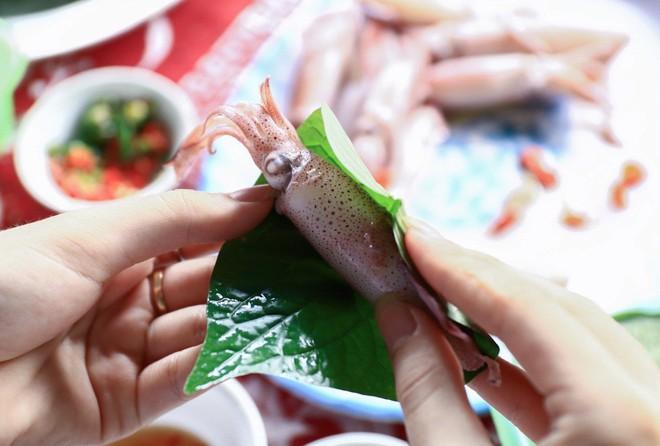 Cứ nghĩ chỉ Nhật mới hay ăn đồ sống nhưng Việt Nam cũng có vô vàn - Ảnh 10.