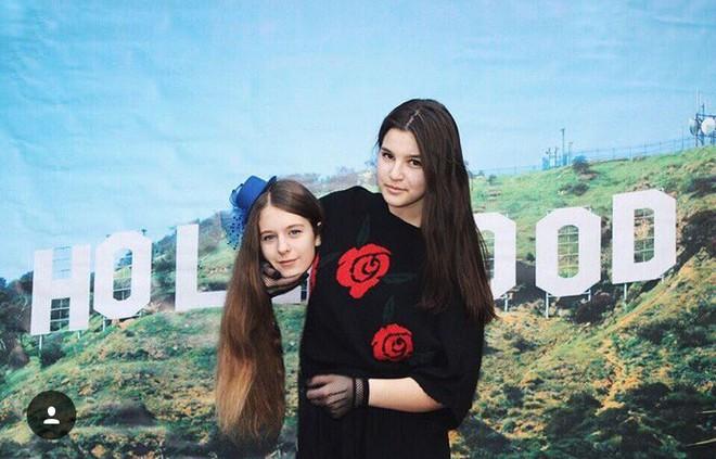 Cả ngàn người trẻ đang ôm đầu chụp hình như concept của Gucci - Ảnh 14.