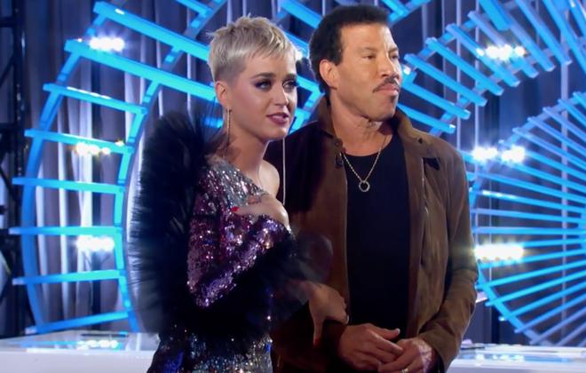 American Idol: Thả thính hot boy cho đã đời, Katy Perry vội chạy biến đi khi bạn gái thí sinh ùa vào! - Ảnh 6.