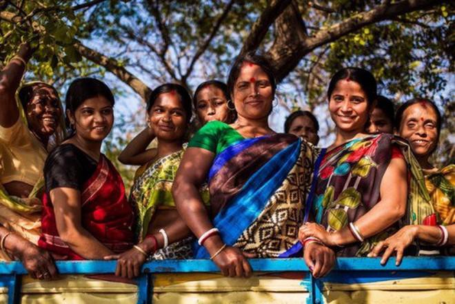 Bỏ 5 năm đi vòng quanh thế giới, nhiếp ảnh gia đã cho ra đời bản đồ sắc đẹp phụ nữ khiến người xem ngỡ ngàng - ảnh 10