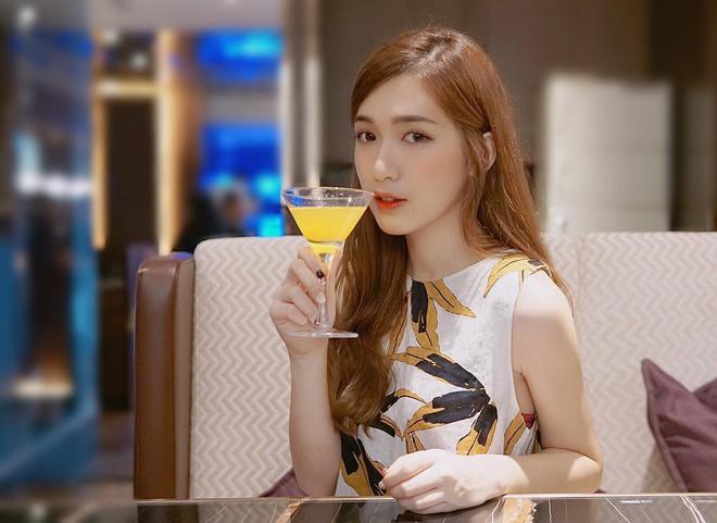 Nhan sắc trong veo như tình đầu của cô bạn đến từ Malaysia - ảnh 13