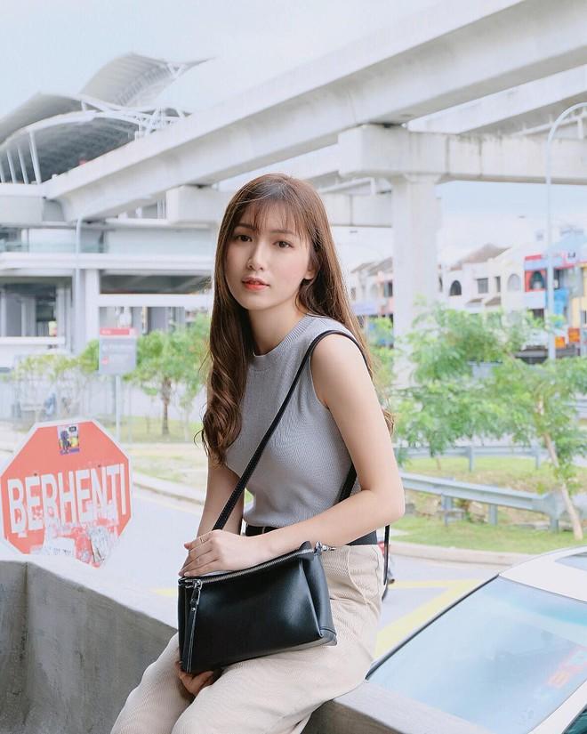 Nhan sắc trong veo như tình đầu của cô bạn đến từ Malaysia - ảnh 1