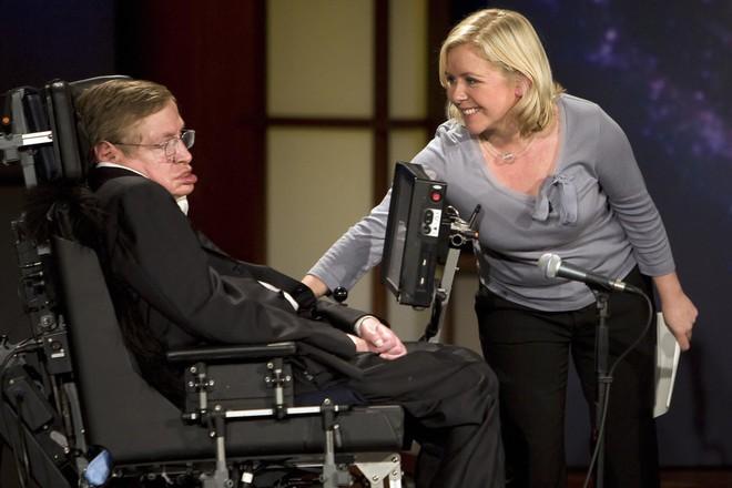 Vì sao Stephen Hawking - nhà khoa học đang khiến cả thế giới khóc thương lại được tôn vinh là thiên tài? - ảnh 4