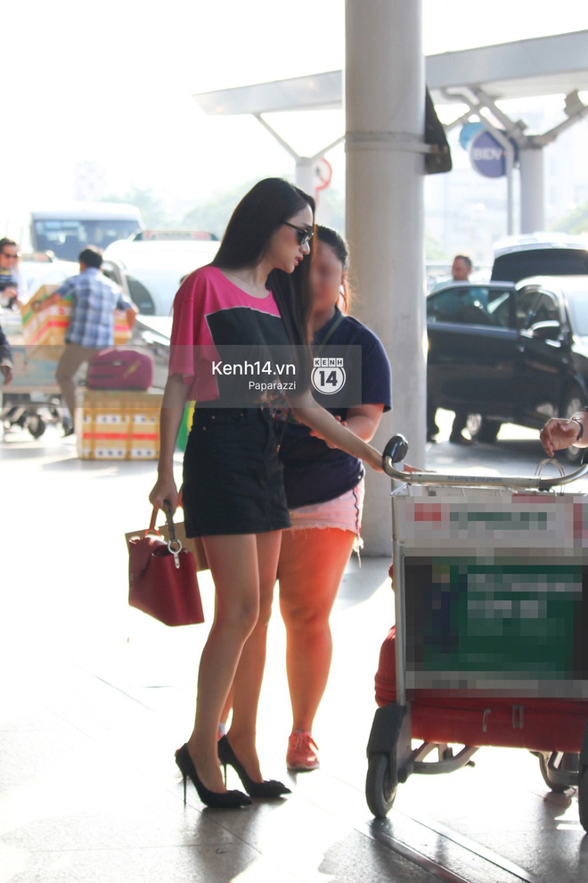 Hương Giang vội vã ở sân bay Tân Sơn Nhất, suýt muộn chuyến bay quay lại Thái Lan vì kẹt xe - Ảnh 2.
