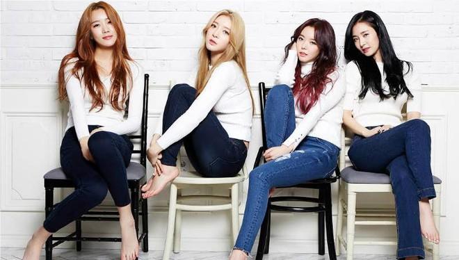 Girlgroup Kpop và chiêu trò khoe thân: Khi hở thôi vẫn chưa đủ để thành công - Ảnh 2.