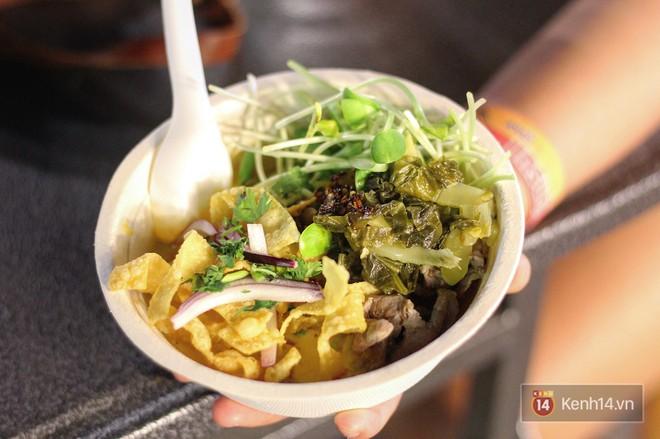 10 món ăn siêu rẻ, siêu ngon nhất định phải ăn khi đến Chiang Mai - Ảnh 1.