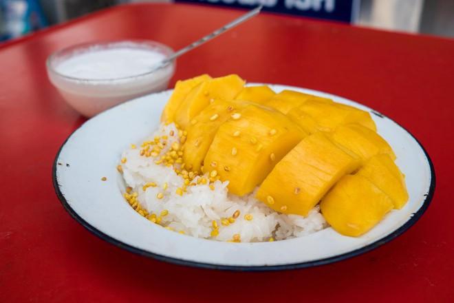 10 món ăn siêu rẻ, siêu ngon nhất định phải ăn khi đến Chiang Mai - Ảnh 10.
