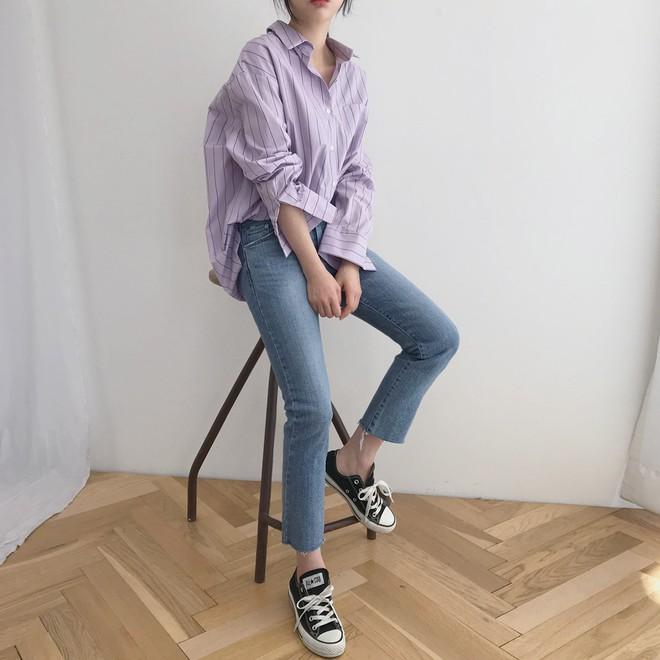 Tưởng sến mà lại xinh bất ngờ, sơ mi màu tím lavender dễ trở thành chiếc áo hot nhất mùa xuân này mà bạn nên để mắt tới - Ảnh 9.