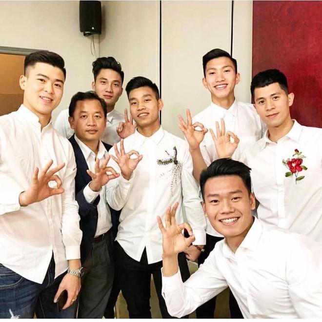Xuân Trường, Văn Hậu, Đình Trọng U23 cũng debut làm thành viên của Zero 9 luôn rồi kìa - Ảnh 2.