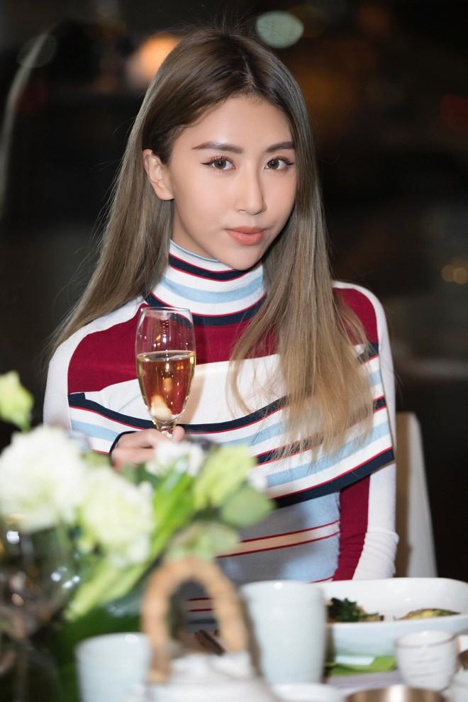 Vừa dứt kỳ nghỉ ở Mỹ, Quỳnh Anh Shyn đã bay thẳng qua Hàn ăn tối cùng Louis Vuitton - ảnh 5