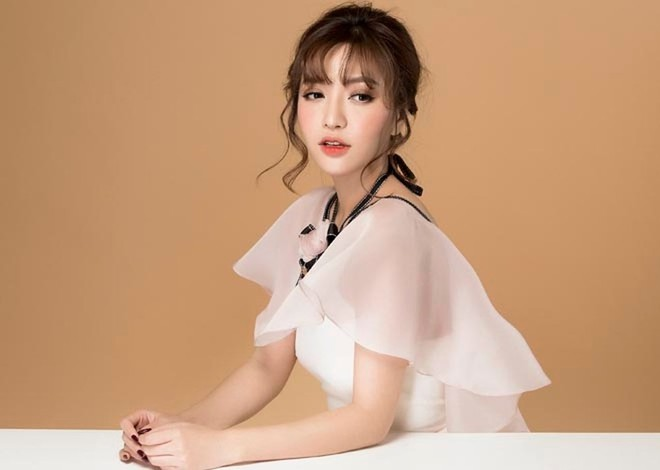 Ai sẽ là Yoo Shi Jin và Kang Mo Yeon của Hậu Duệ Mặt Trời bản Việt? - Ảnh 13.