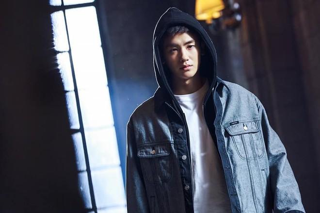 Khoảnh khắc cực phẩm: Jang Dong Gun và Park Hyung Sik đã đẹp, lại còn dựa vào nhau tình bể bình - Ảnh 8.