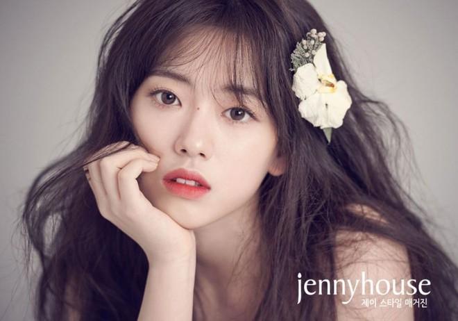 Trở lại sau 3 năm, nữ sinh đẹp hơn cả Suzy, Han Hyo Joo đã trở thành diễn viên đe dọa soán ngôi loạt mỹ nhân - Ảnh 6.
