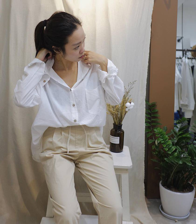 Hè này nếu mua quần culottes, bạn hãy chọn loại cạp chun bản to để sơ vin với áo gì cũng xinh - ảnh 7