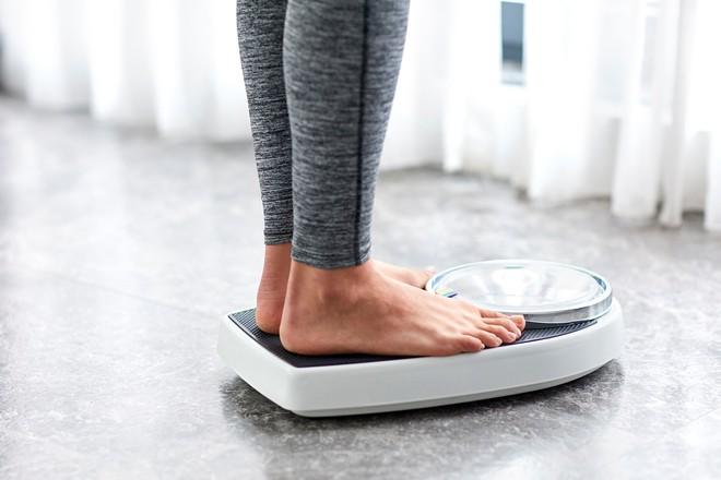 Đang ăn kiêng mà nhớ được 6 nguyên tắc này thì giảm cân chỉ còn là chuyện nhỏ - Ảnh 4.