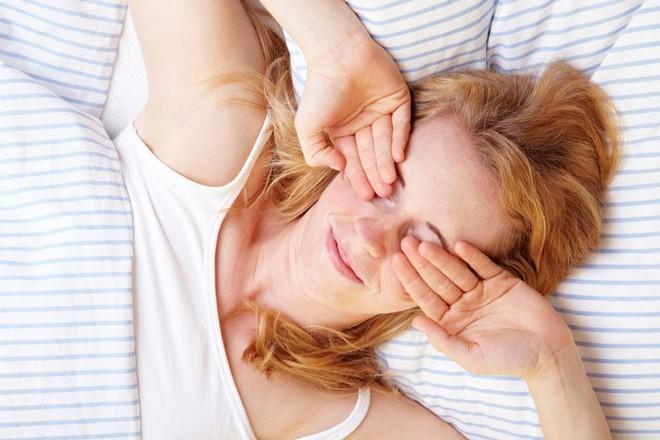 5 thói quen không ngờ lại chính là nguyên nhân gây tổn hại đôi mắt của bạn - ảnh 1