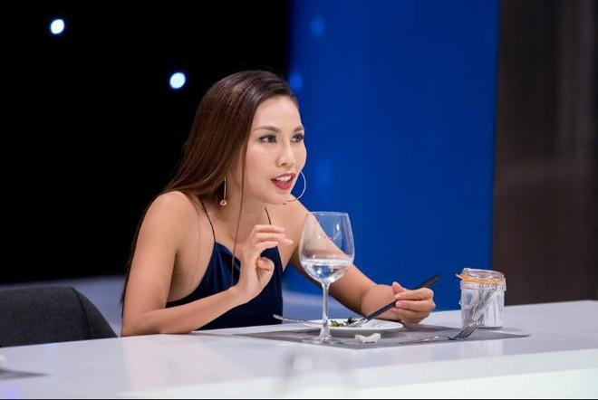 Cuộc chiến mỹ vị: Khánh Ngọc xấu hổ khi bị phát hiện... đi gom tăm của quán ăn về nhà - Ảnh 3.