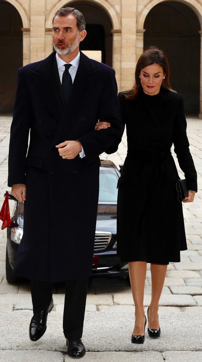 Trang phục giúp Hoàng hậu Letizia tỏa sáng không thể thiếu những món đồ đến từ thương hiệu Zara - ảnh 16