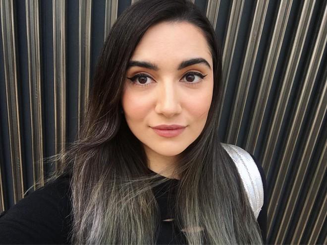 """Cô gái này đã mua hơn 600 thỏi son ở Sephora, bạn thấy ghen tị nhưng rồi sẽ """"ngã ngửa"""" với cái kết - ảnh 1"""
