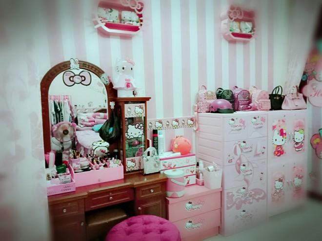 Cuộc sống toàn màu hồng theo nghĩa đen của cô nàng dành cả thanh xuân để mua đồ Hello Kitty - ảnh 3