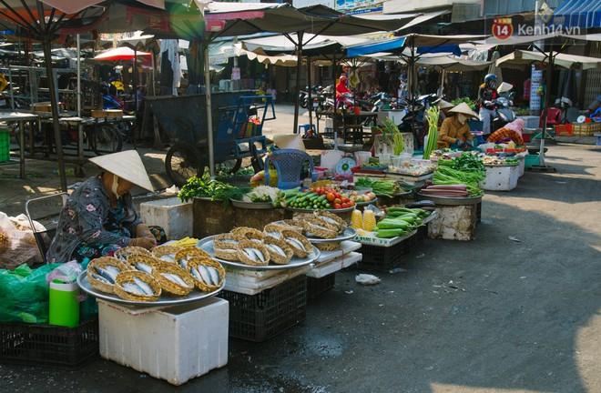 Vì sao Sài Gòn có rất nhiều chợ mang tên cây cỏ kỳ lạ? - Ảnh 11.
