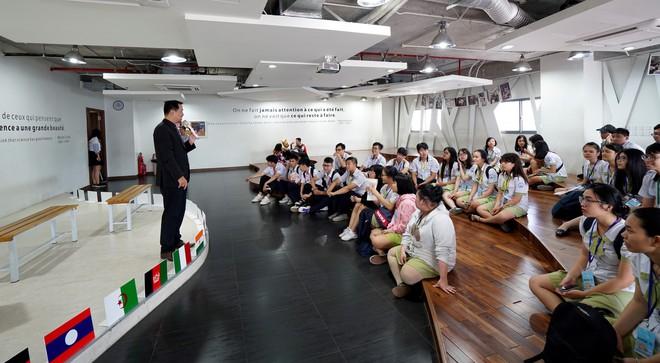 Ngày hội tư vấn tuyển sinh tại trường Đại học Hoa Sen - Ảnh 2.