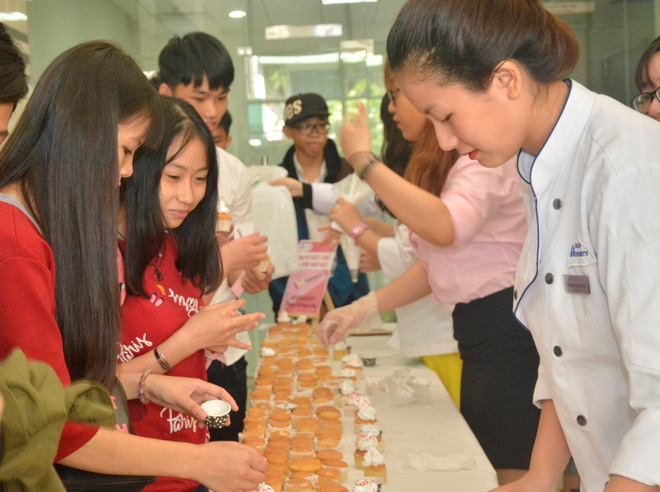 Ngày hội tư vấn tuyển sinh tại trường Đại học Hoa Sen - Ảnh 3.